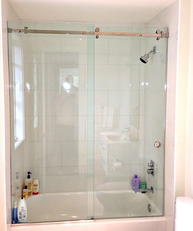 Shower and Tub Enclosures - Chevy Chase Glass