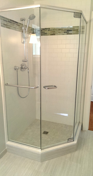 Exceptionnel Semi Frameless Shower Enclosure